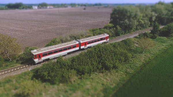 vlak-bageta 813 letecké video-spot