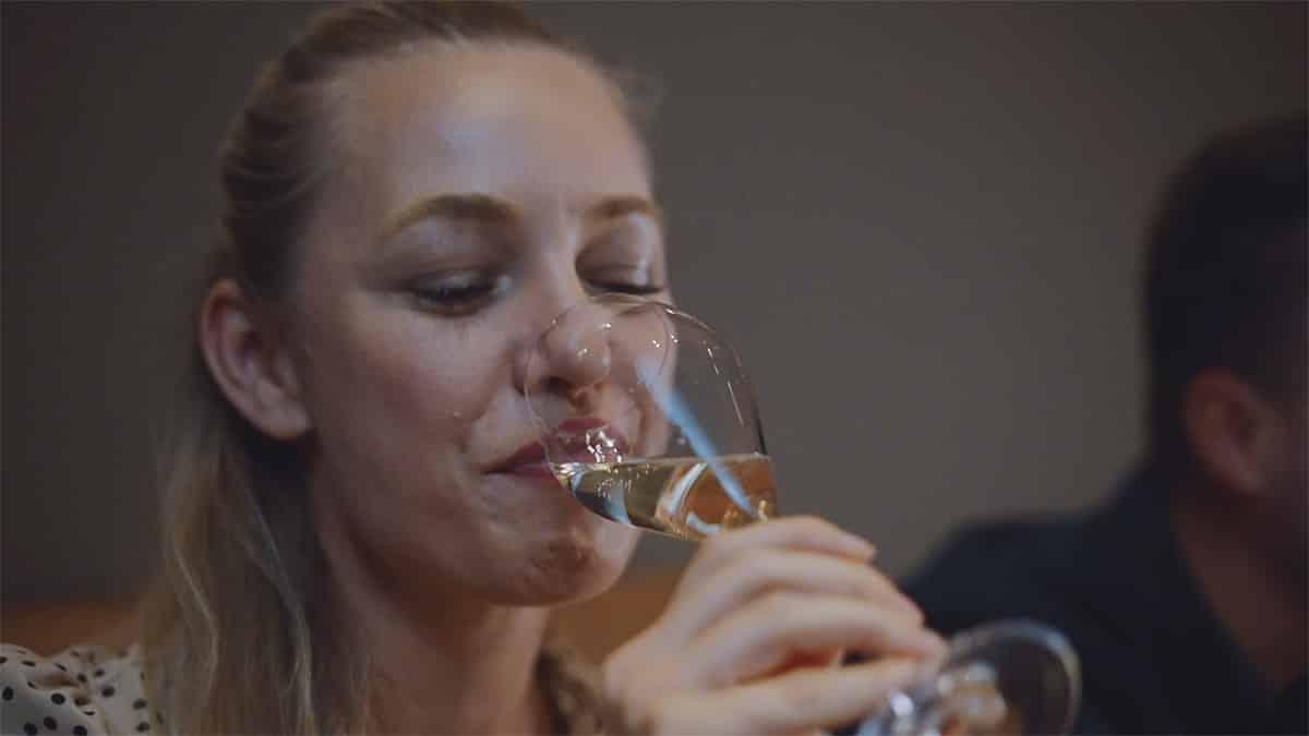 proste víno krátky spot